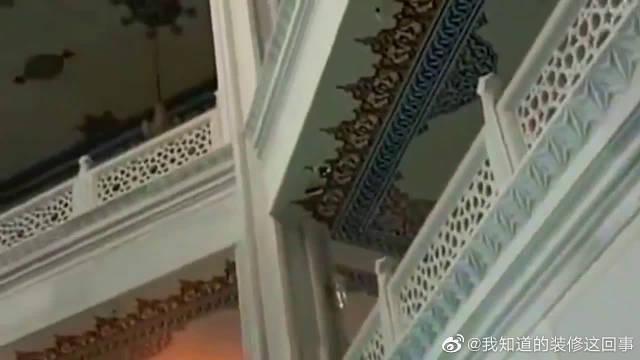 莫斯科大清真寺,这样豪华的装修风格,看来建筑师真是下血本了!