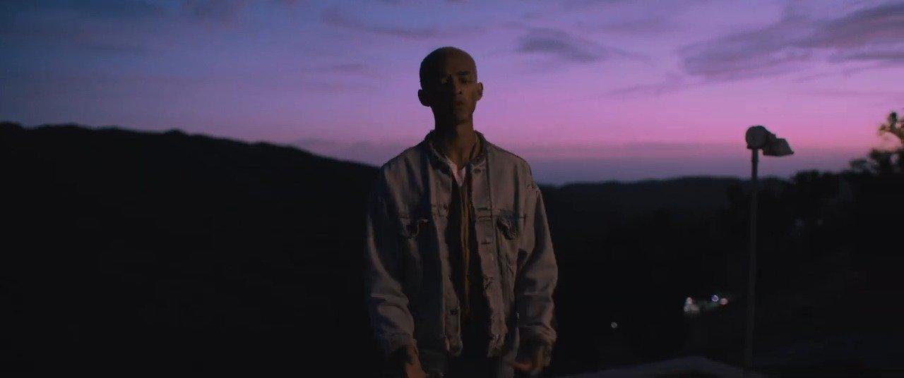 好莱坞身价一度最高的黑人演员Will Smith的儿子Jaden Smith新单N