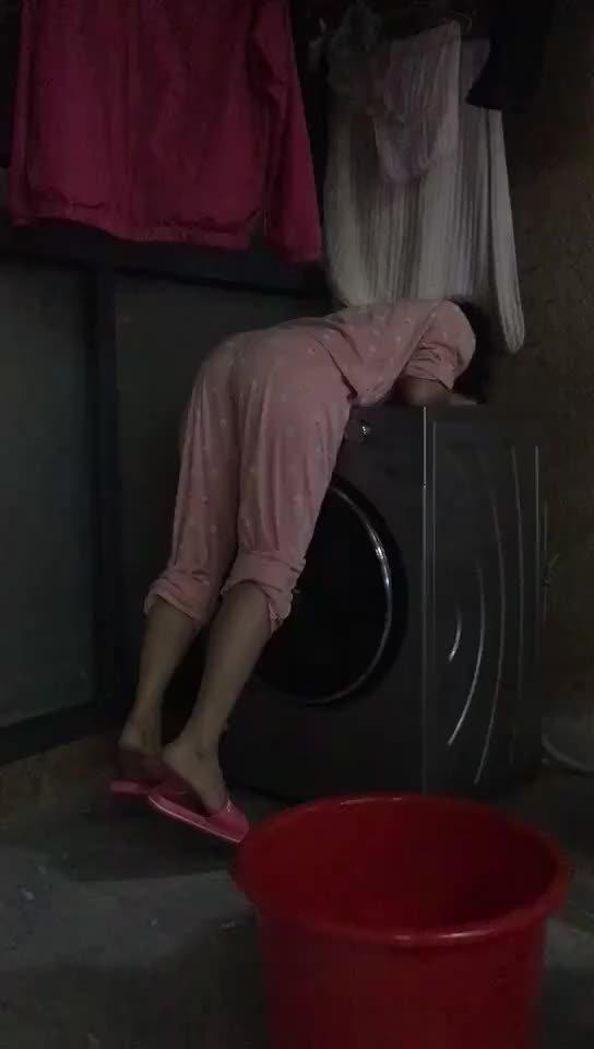 这是怕洗衣机原地爆炸吗