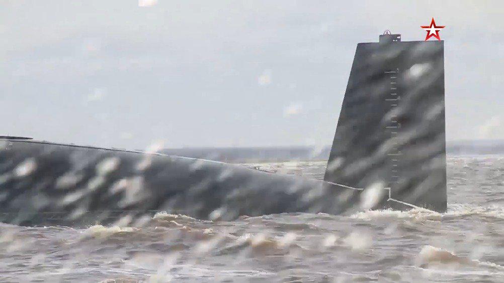 5月21日俄罗斯弗拉基米尔大公号核潜艇测试归来