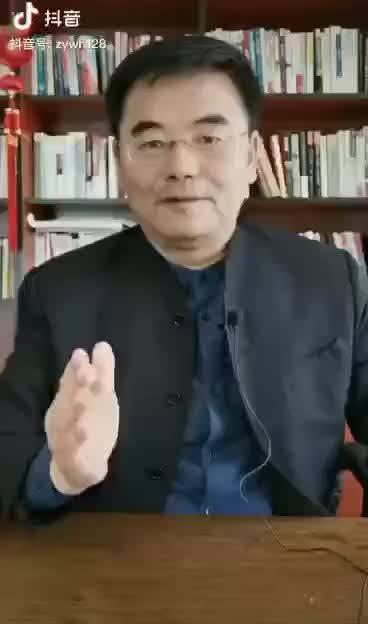 两个超级大国PK!我倡议14亿中华儿女,我们每个人都是战士……