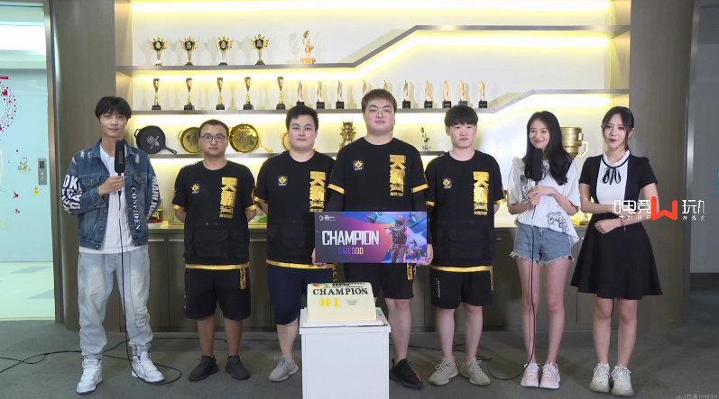 东亚慈善赛 赛后采访@天霸电子竞技俱乐部 我们就是冲着第一去