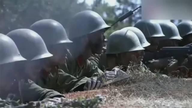 英雄榜突击队为给大部队开辟道路……