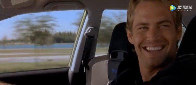《速度与激情》 全程看飙车,好怀念保罗·沃克……