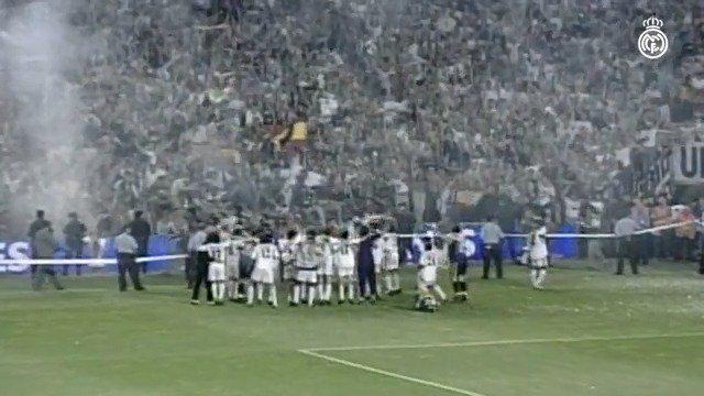 2001年6月26日,皇马在伯纳乌5-0击败阿拉维斯,劳尔梅开二度……