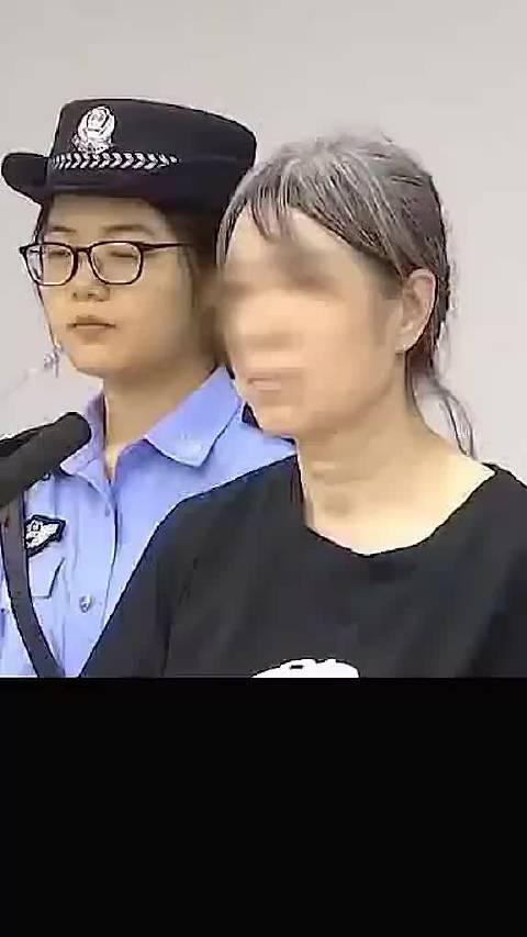 又判一个!用牛奶箱殴打公交司机的58岁老人被判3年6个月
