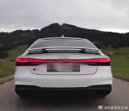 视频:德系扭矩怪兽,全新奥迪A7实车展示,外观真的低调霸气!
