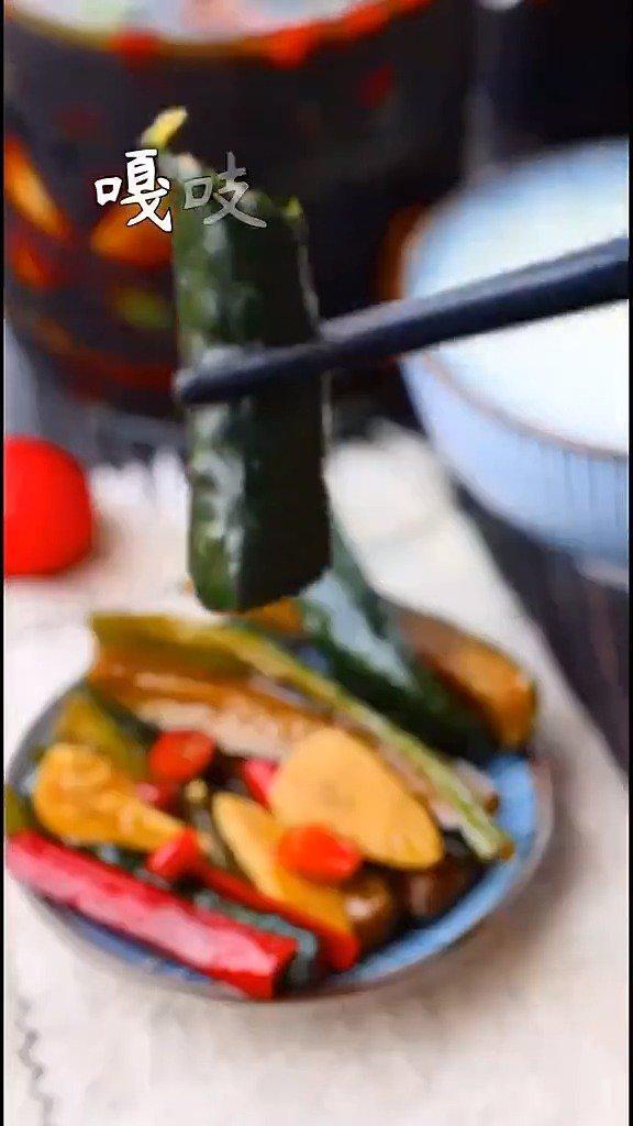 秘制酱黄瓜
