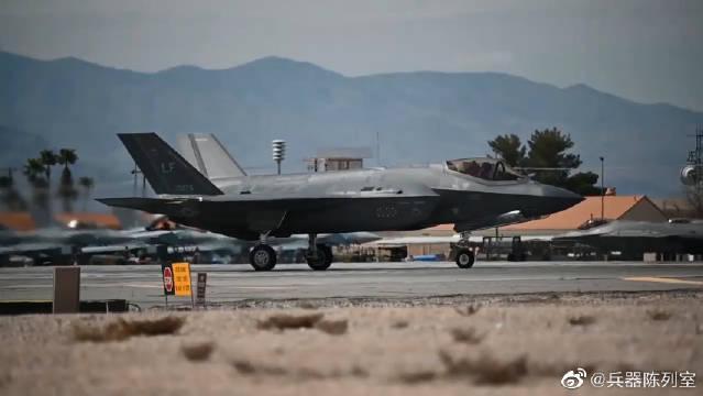 F35战机F16与台风战机的起飞,看看这两款战机哪一个更帅?