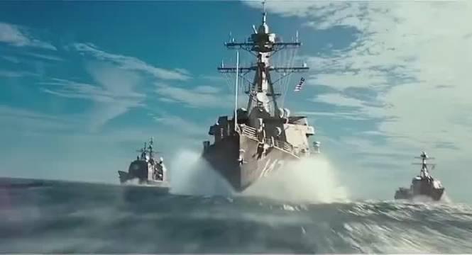 核弹在海中爆炸,引发巨大的海啸能把航母掀翻!