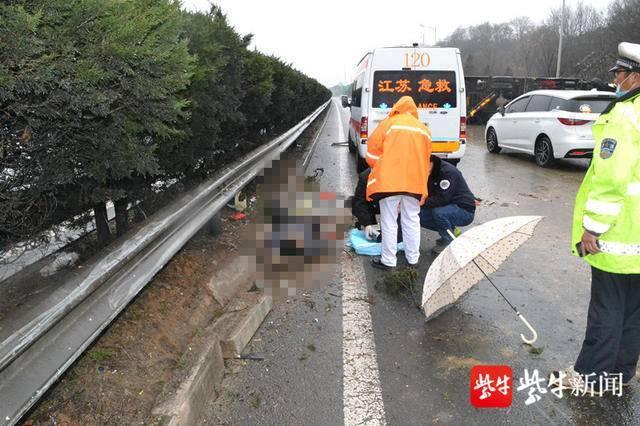南京严查开车乘车不系安全带 后排乘客不系也将被处罚