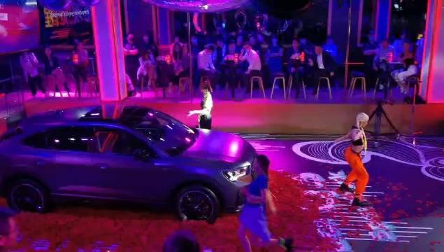 奥迪Q3轿跑上海发布会现场。活力动感的时尚派对!