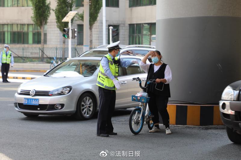 哈尔滨交警部门集中开展共享单车等非机动车违法乱象治理行动