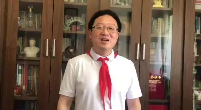 """""""疫情就是最好的思政教材"""" 武汉年度教师吴又存向全市少年儿童"""