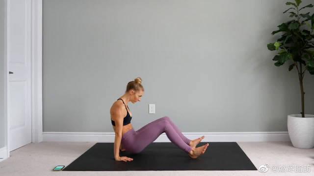 20分钟腹部练习,躺着就能练!懒人宅家健身必备!
