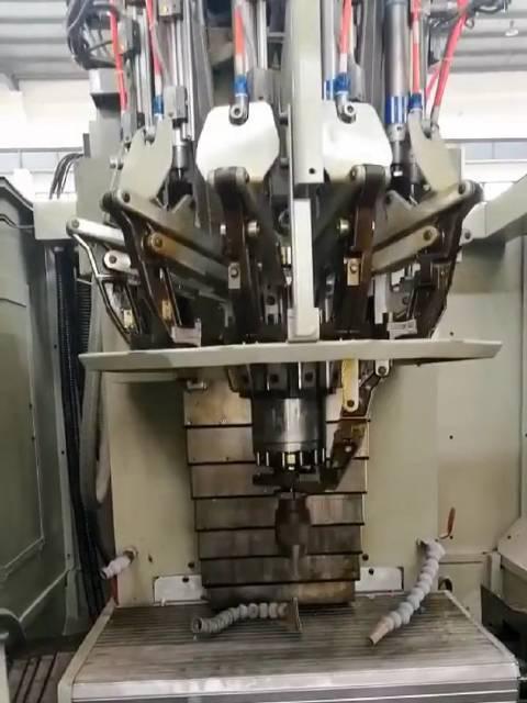 机床自动换刀