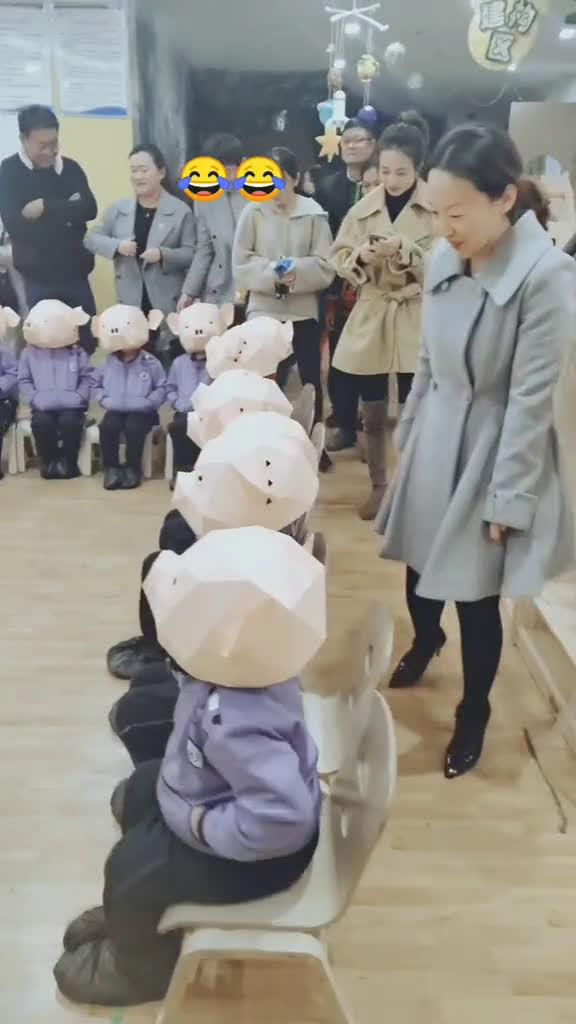 哈哈哈哈幼儿园是魔鬼吗,家长都懵了