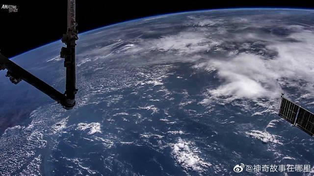 8K超高清太空看地球画面首次得以呈现:山川、湖泊、海洋