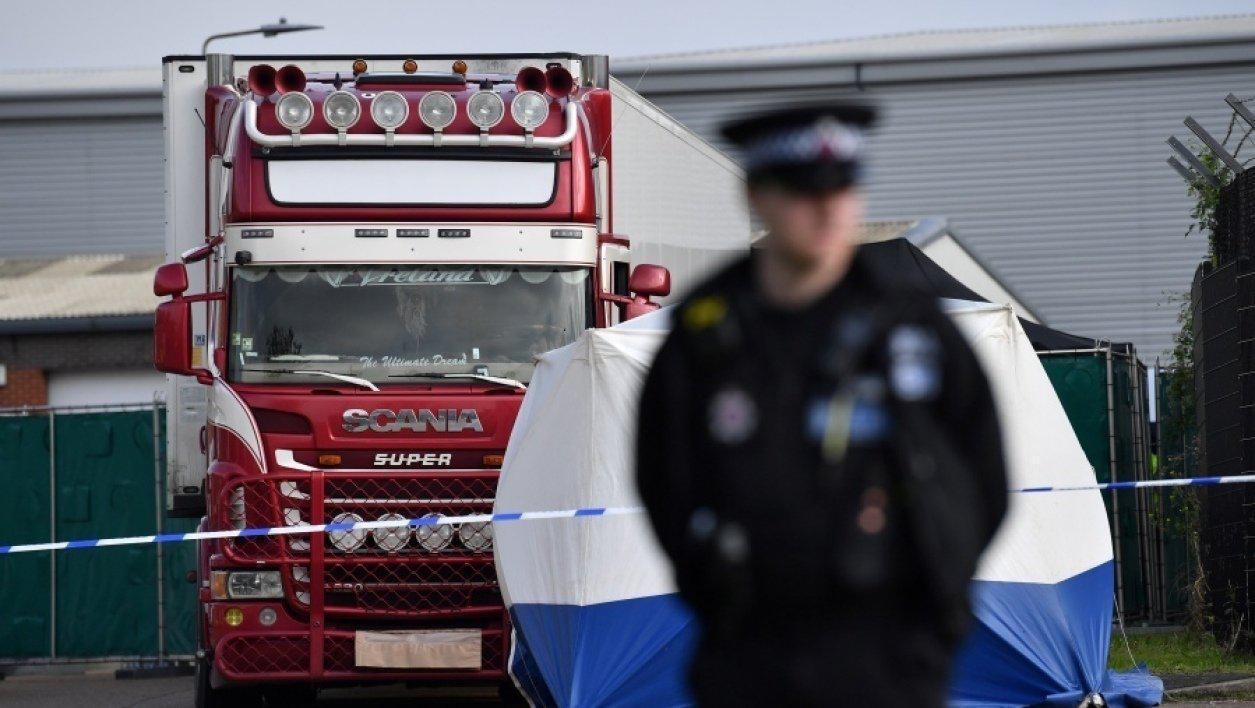 英国货车惨案后续:法国12人被羁押……