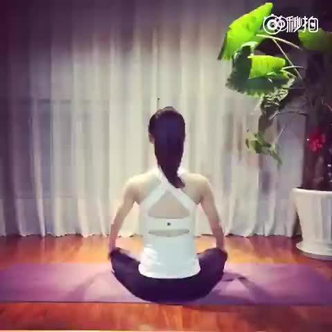 1分钟肩丶颈丶腰椎瑜伽放松操!