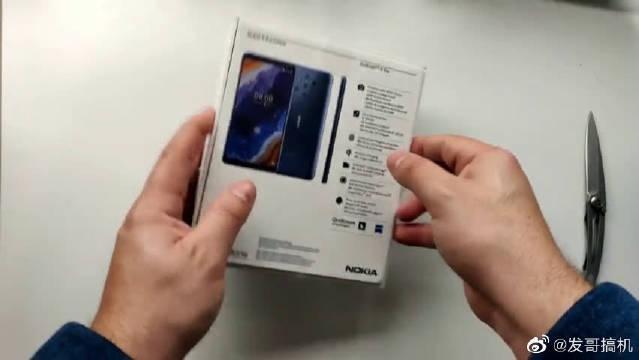 五摄手机:Nokia 9开箱评测,诺基亚这一次的创新网友会们买账吗