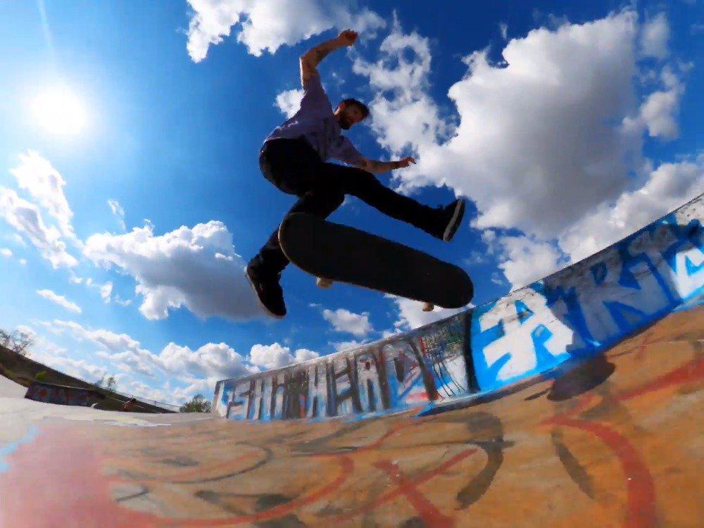 GoPro 滑板小队在洛杉矶,用 超抗燥跟拍!不怕摔,不怕撞……