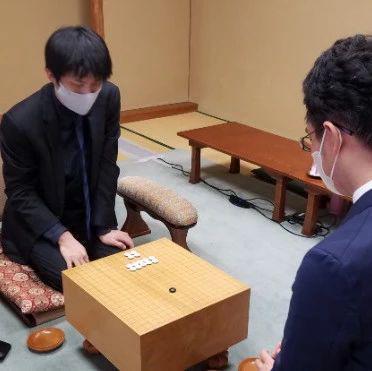 日本小棋圣战张栩失利 一力辽将挑战羽根直树