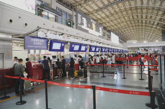 """川航""""清馨之旅""""特色服务上线 新增多项趣味互动"""