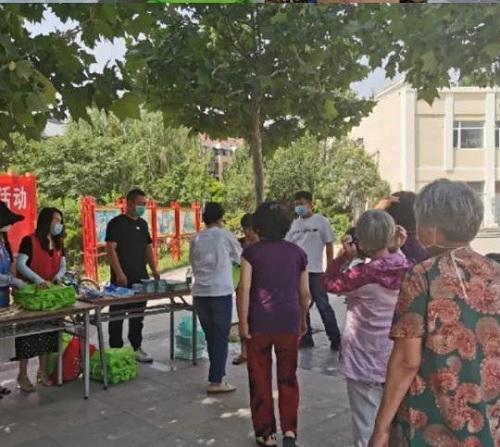 西青区李七庄街开展世界环境日宣传活动