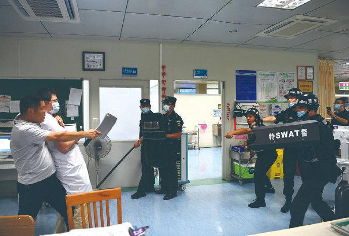 象山医院开展反恐消防演练 检验医院的应激反应能力