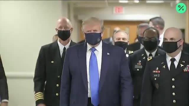 白宫记者讽刺特朗普首次在公开场合戴口罩:绝对是摆拍