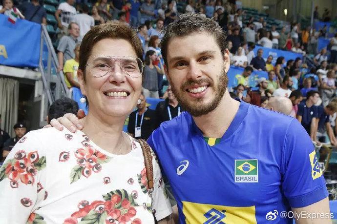 巴西女排奥运名宿评历史五佳 郎平路易斯皆上榜