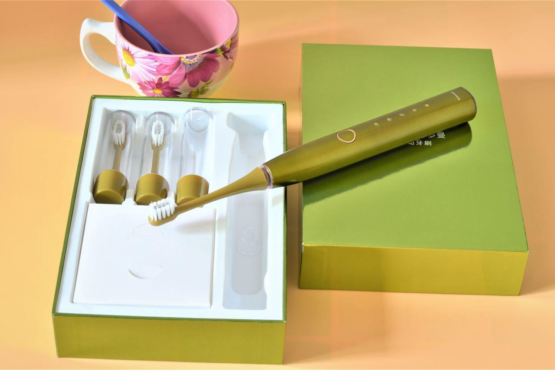 评测每分钟震48000次的罗曼电动牙刷怎么样?