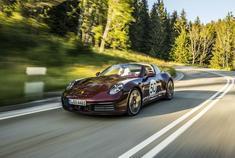 "Porsche 992 Targa4S ""Heritage Design Edition"" 完美青蛙"
