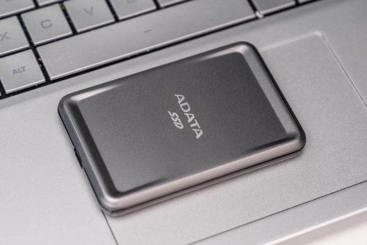 30克500G移动固态硬盘:威刚SC685P
