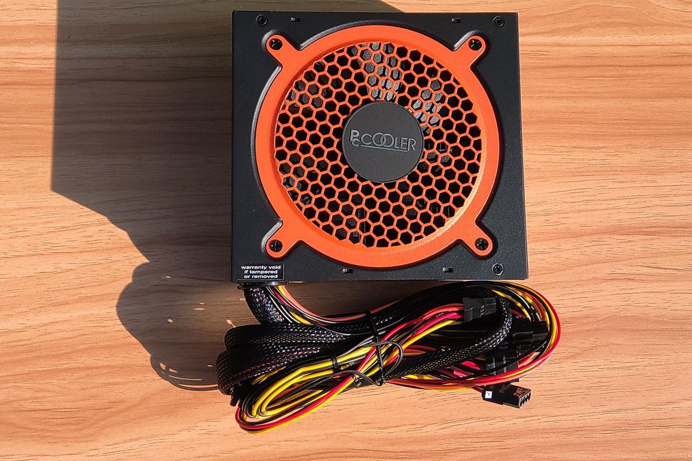 超频三七防芯GI -ST600:不再惧怕蟑螂的电源