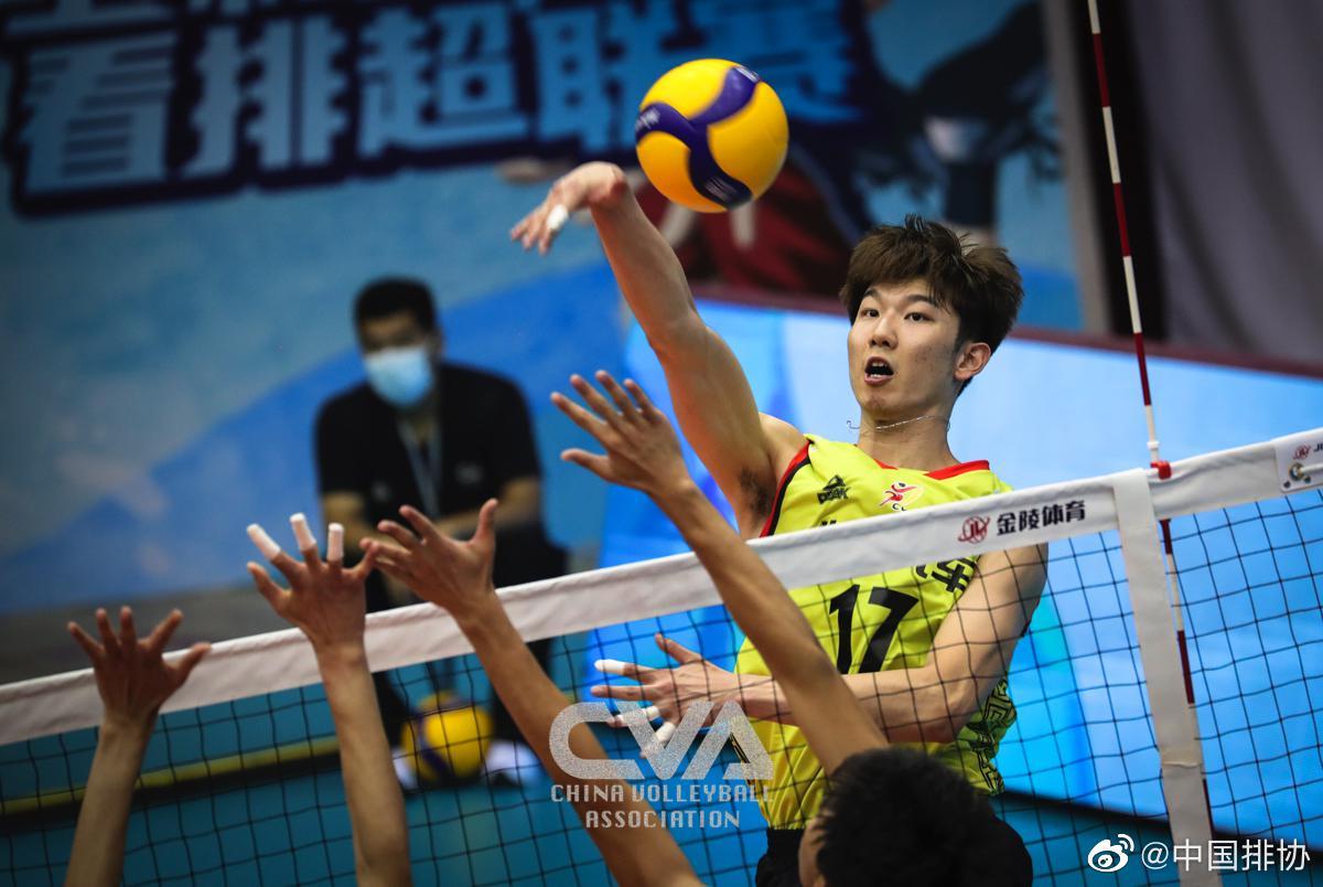 男排联赛八强战北京3-0福建 京师三叉戟合砍42分