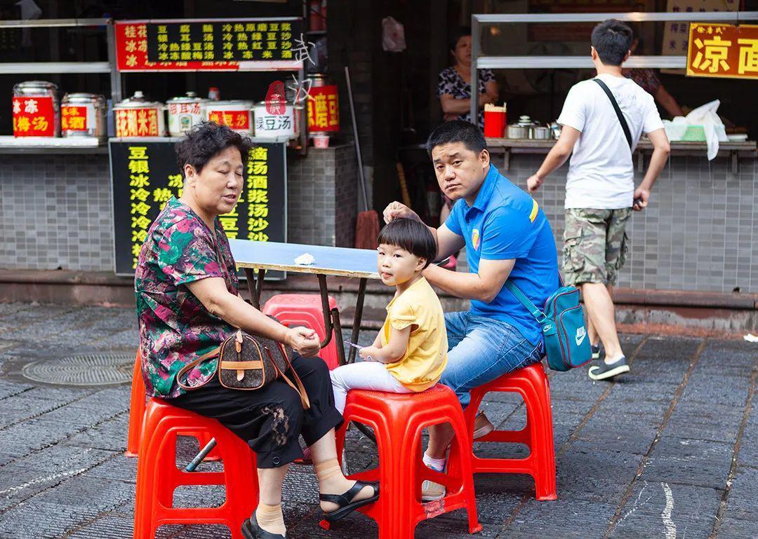 """武汉有个""""汉味小吃第一巷"""""""