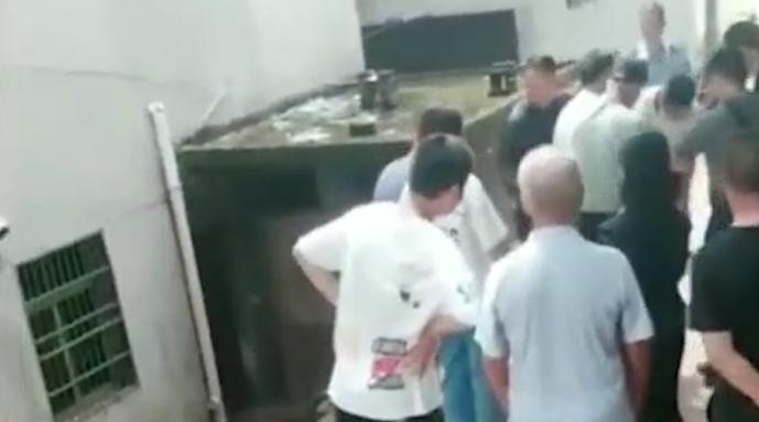 江西21岁男子因琐事杀母杀弟:村民称系问母亲要钱被拒