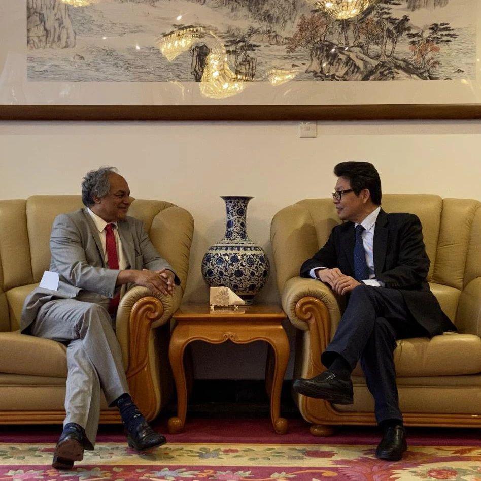 驻毛里求斯大使会见印度洋委员会新任秘书长马里穆图