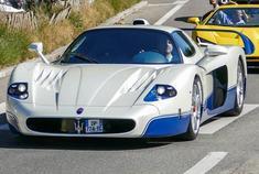 MC12 和 Centenario,你更喜欢哪一辆? images via autogespot