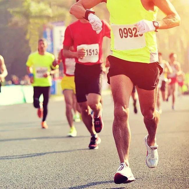 性别和年龄对跑步模式究竟有何影响?