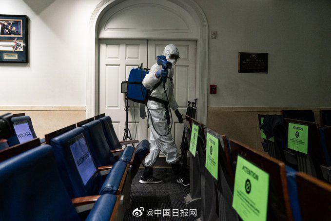 白宫新闻发言人确诊新冠 简报室开始消毒