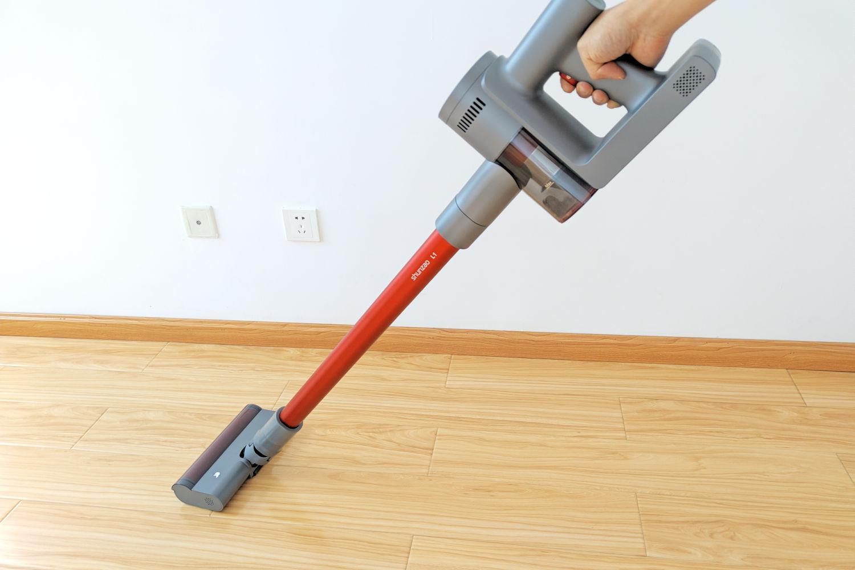 吸力强除尘除螨不喧噪:顺造轻量手持吸尘器L1