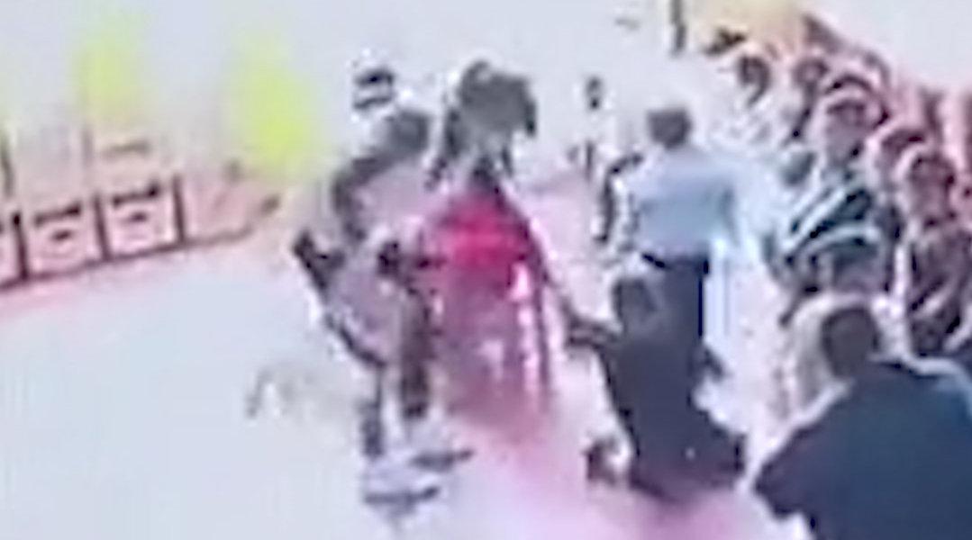 河南一幼儿园多名教师打骂幼儿 教育局:3名涉事教师开除