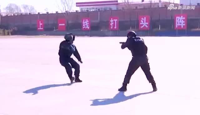 哈尔滨市公安局举行2020年特警实战大练兵综合演练