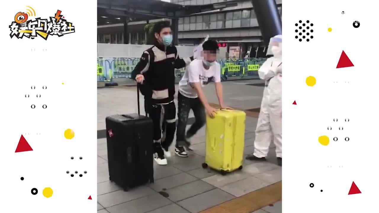 视频:向佐为赚奶粉钱独自回内地工作 老婆郭碧婷还在坐月子