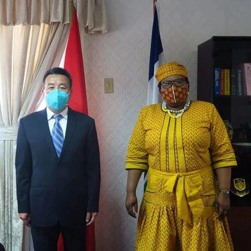 驻莱索托大使会见莱外交大臣拉马科阿