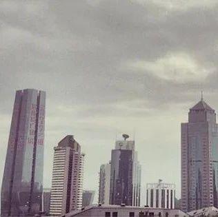 商业街 | 深圳、上海等五座万达广场开业 华发竞得新经济总部大厦