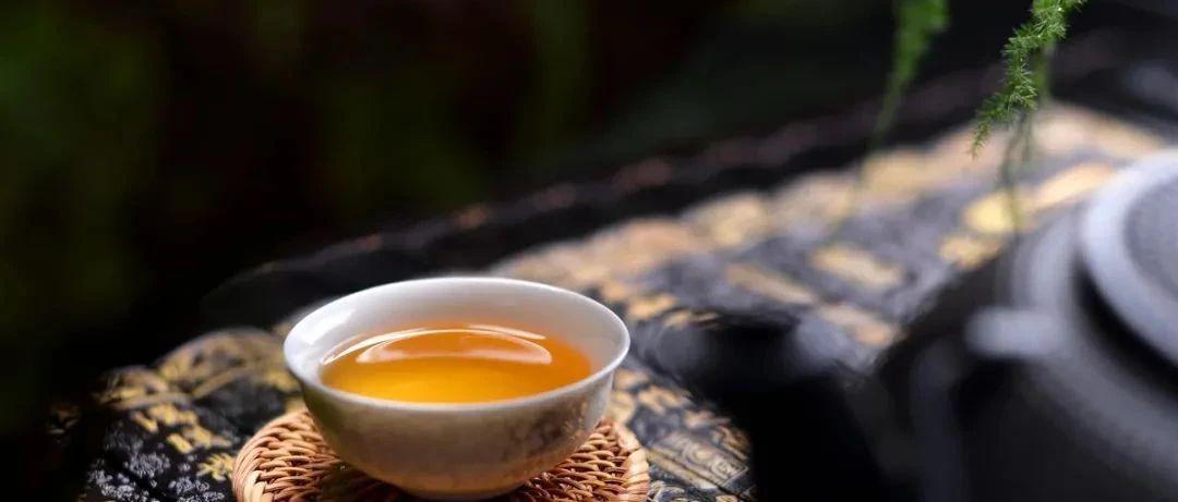红茶翘楚金骏眉,90000颗头春嫩芽才能出500g,每一口都稀贵如金!